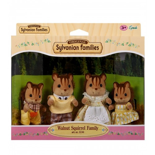Walnut Squirrel Family 3136